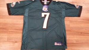 New Reebok NFL equipment Eagles Jersey Large