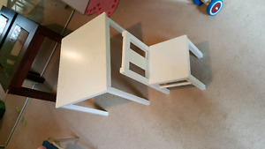KID CHAIR AND DESK