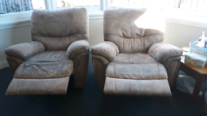 Recliner lounge