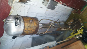 """TRADE RARE ELECTRIC TROLLING MOTOR FOR 12""""-14"""" BANDSAW"""