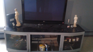 42 in flat screen LG tv