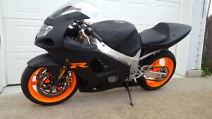 2003 GSXR 600 with 1000cc wheels, brakes, forks