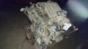 3.5 ltr Nissan engine out of a Pathfinder