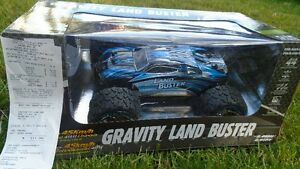 RC Truck Gravity land buster