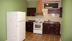 2-Bedroom WalkOut basement for lease  Thornhill village