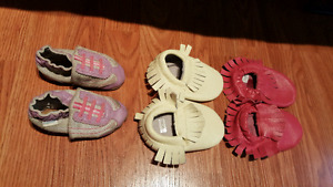 3 baby girl robeez and moccasins 6-12 months