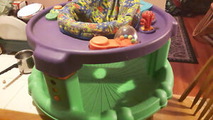 Saucer with lots of toys - Excellent and in clean condition