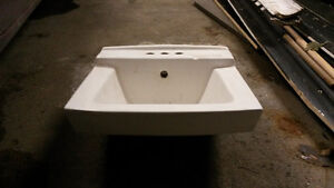 Small 19 inch wide 17 inch deep vanity