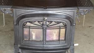 Wood stove Vermont Defiant Encore