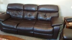 BONDED LEATHER RECLINER COUCH