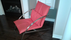 ACCENT FURNITURE---RED SINGLE CHAIR $300