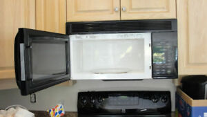 LG 2002 OVER THE STOVE MICROWAVE/HOOD FAN