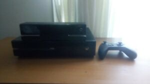 Xbox One, great condition, with controller with Kinect