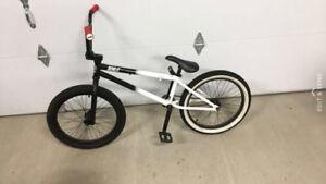 Bmx Bike - Encore Riff Raff 20.50 inches - Mint Condition