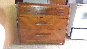 Solid wood antique vintage waterfall front 3 drawer dresser