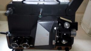 Vintage Raynox 8 mm Projector