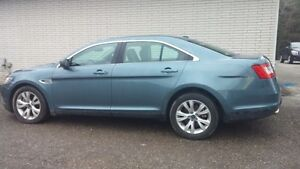 2010 Ford Taurus for sale VERY GOOD SHAPE!!!