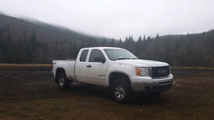 Good solid 4×4 sierra for sale or trade