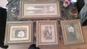Picture frames ×4