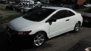 2008 Honda Civic 2porte 5vitesse 138,000kms $4500 Tax Inclus