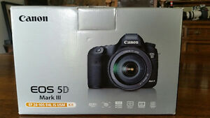 Canon 5D MKIII + Canon EF 24-105mm IS Lens Kit