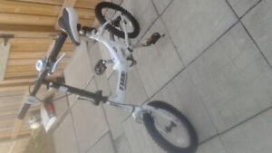 Like new foldable bike