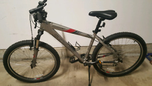 Specialized - Mountain Bike