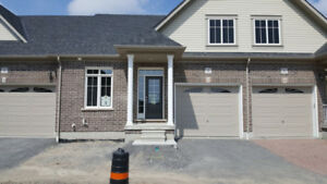 Beautiful brand new bungalow in the heart of Courtice for rent-