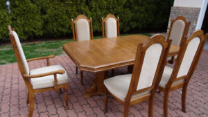 Dining Table and Chairs with leaf