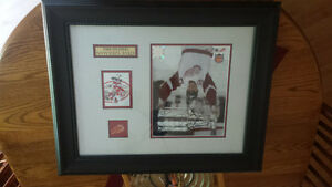 steve yzerman autographed photo frame