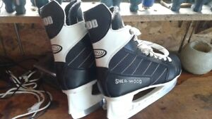 SHER-WOOD BOYS SIZE 4 GREAT CONDITION