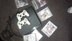 Ps3 good condition with 2 controllers and 6 games