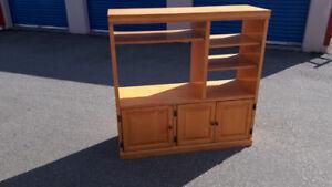 Maple 3 Door Cabinet/Bookshelf TV Stand