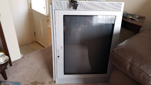 Older style flat screen RCA tv