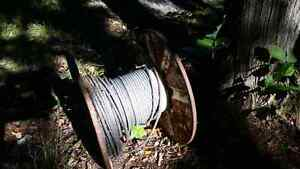 """100  ft. of 1/2 """" stainfree  steel cable  new on roll Belleville Belleville Area image 1"""