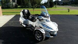 2015 CAN AM SPYDER RT LIMITED