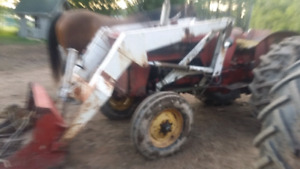 Looking for a  international  434 or 414 parts tractor