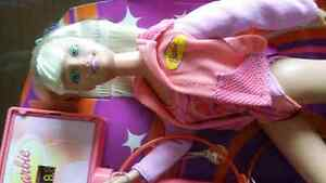 VINTAGE BARBIES AND POLLY POCKET COLLECTABLES Cambridge Kitchener Area image 2