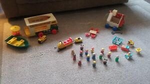 CLASSIC FISHER PRICE LITTLE PEOPLE
