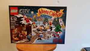 Lego City 60024 Christmas 2013 Advent Calendar