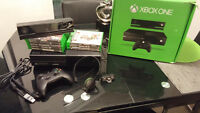 LIKE NEW XBOX ONE WITH KINECT SENSOR  AND 9 GAMES
