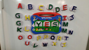 Leap Frog WORD WHAMMER FRIDGE PHONICS SET with Lights & Magnetic