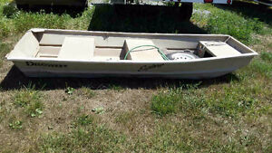 Aluminum Boat with trolling motor!! No leaks!!