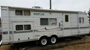 2003 26 1/2 ft Travelaire Rustler - showcase model bought 2005