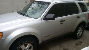 2008 Ford Escape XLT V6 4WD $5000 OBO