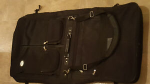 Garment bag luggage