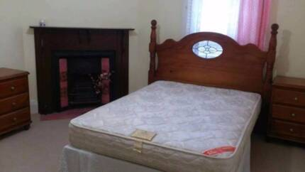 Eastwood Rooms for Rent - Great Location, Quality furnished !