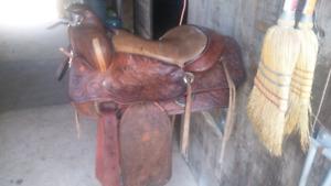 """15"""" Semi QH Bar Western Saddle"""