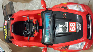 Kids ride on Car Motor cycle limited quantity $150 - to $300 Oakville / Halton Region Toronto (GTA) image 5