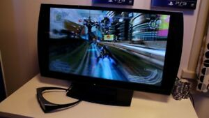 Quick sale 24'Sony PlayStation 3D LED TV
